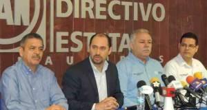 El delegado del CEN del PAN en Tamaulipas, Carlos Castaños ofreció conferencia de prensa.