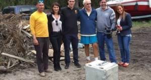 La caja fuerte fue descubierta bajo los cimientos de la casa que Escobar, muerto hace 22 años en un operativo policial en la ciudad colombiana de Medellín, poseía en Miami Beach, y ahora será trasladada a un banco.