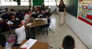 Maestros se olvidan de Reforma Educativa y se van a la grilla electoral.