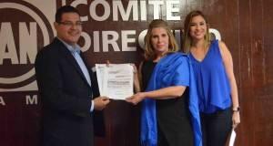 La empresaria victorense María del Rosario Garza, aspira a una candidatura del PAN.