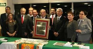 La Federación de Colegios y  Asociaciones Profesionales de Tamaulipas A.C. en el homenaje a Gustavo Torres.