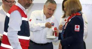 Gustavo Torres Salinas puso en marcha la colecta anual de la Cruz Roja, en Tampico.