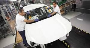 México es el nuevo líder mundial en exportaciones de autos a EU, con un millón 993 mil 162 unidades en el 2015.