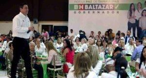El candidato del PRI ofreció un magno festejo por el Día de las Madres, ayer en Matamoros.