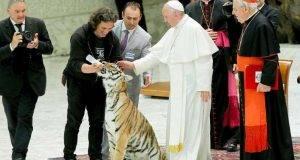 El Papa Francisco recibió a miles de artistas circenses.