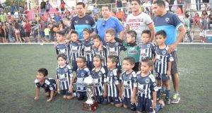 Rayados se llevan doble corona copa y Liga