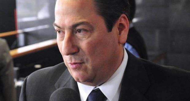 Baltazar Hinojosa, desea buena suerte a Cabeza de Vaca.