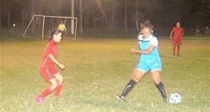 CON EMOCIONANTE empate culminó el duelo de fútbol femenil entre Zoológico Tamatán y SUTSPET.