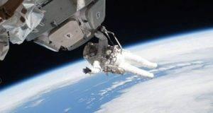 Las personas que viajan por largos periodos al espacio podrían terminar con el 'space brain' dejándolos ansiosos y deprimidos.