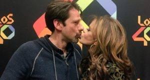 Lucía Méndez terminó dándoles beso de piquito a Eduardo Videgaray.