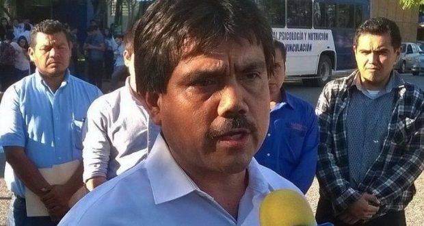 José Amparo Vargas dejó de ser Director de Trabajo Social.