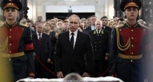 Vladimir Putin dio el último adiós al embajador ruso en Turquía, Andrei Karlov.