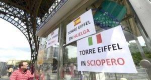 La Torre Eiffel reabrió tras cinco días cerrada por la huelga.