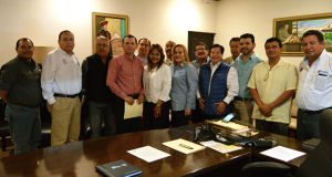 La alcaldesa Alma Laura Amparán Cruz recibió la visita de socios de la CANACO de Altamira.