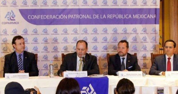 La Coparmex lanzó su propio programa para responder a las medias anunciadas por Peña Nieto.