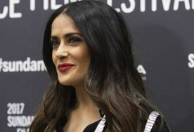 "Salma Hayek regresó este martes a Park City para asistir a la premier de ""Beatriz at Dinner""."