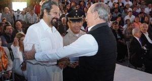 """Francisco Galván Garza, asistió con la representación del gobernador del estado , al informe de cien días de gobierno """"Heroica al 100""""."""