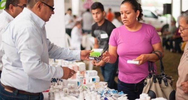 El Sistema DIF Tamaulipas llevó a El Mante la Feria de Servicios Asistenciales.