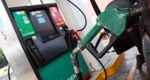 Los estados y municipios resultaron beneficiados con la recaudación que se generó por el impuesto a las gasolinas.