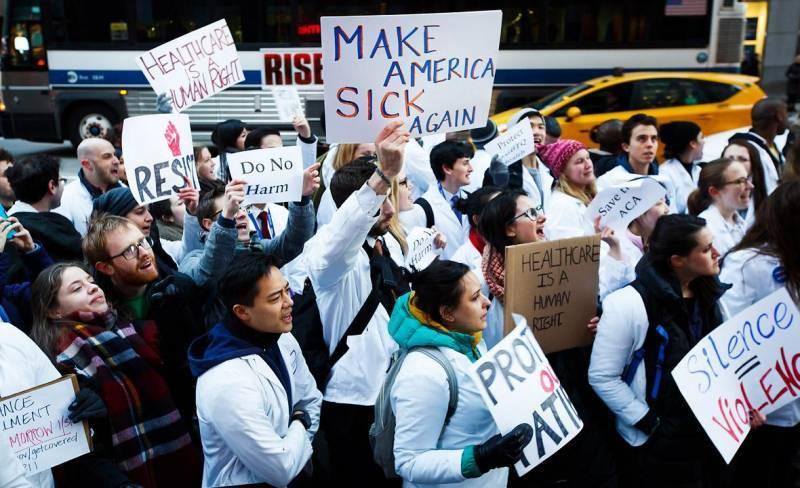 La batalla legal sobre el veto migratorio podría llegar hasta el Tribunal Supremo.